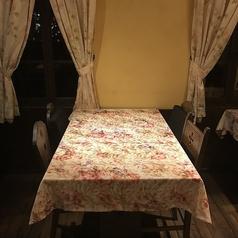 A3テーブル 4名席