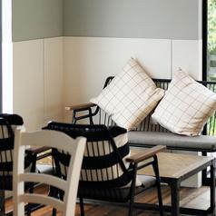 【テーブル席】クッションのあるお席でゆったり♪6名様×1席。