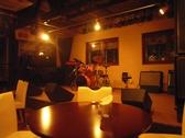 カフェ ばくだん畑の雰囲気2
