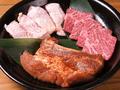 料理メニュー写真牛・豚・地鶏盛