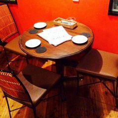 2F3名様用テーブル席
