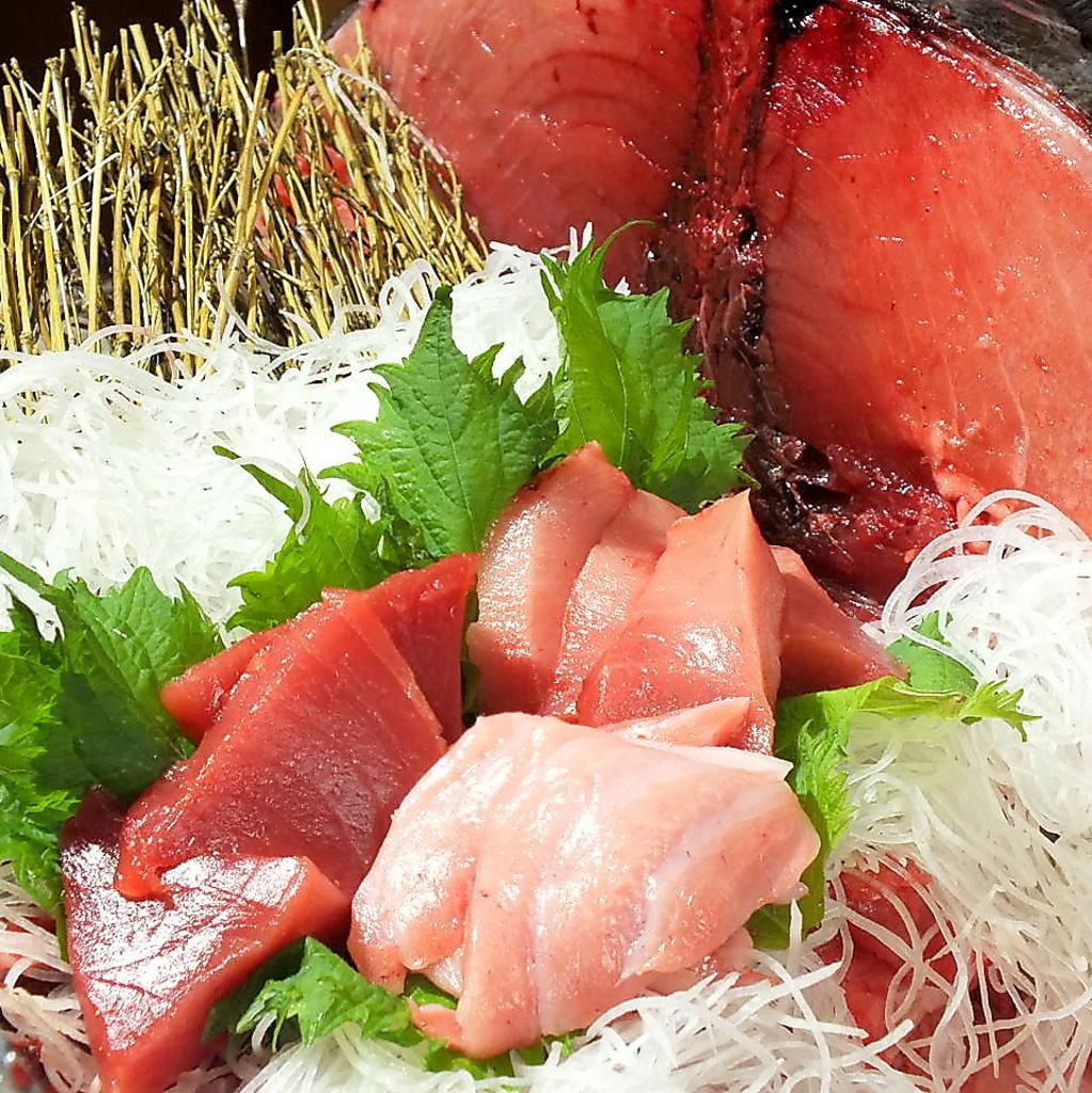 『鮪3種盛り』500円!赤身・中トロ・大トロが一度にこの値段で食べられるのは亀吉だけ!