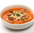 料理メニュー写真海の幸のトマトクリームスープ