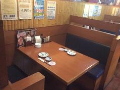 テーブル席は3席あります。