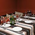 店内奥には隔離された個室が御座います。各席バラバラでは御座いませんが、10名様以上などの宴会に最適な広さとなっており、片側ソファー席です。広々とお使い下さい☆★(新宿/新宿御苑/ランチ/肉バル/肉/おしゃれ/飲み放題/食べ放題/宴会/貸切)