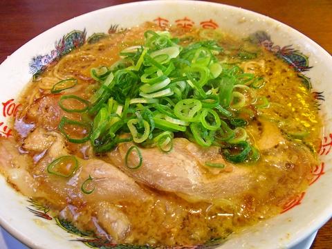 京都風醤油味の鶏がらスープが自慢!コクがあるのに口当りはスッキリ後味のラーメン☆