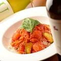 料理メニュー写真海老とトマトのクリームパスタ
