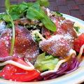 料理メニュー写真牛肉のカルパッチョサラダ