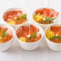 料理メニュー写真サーモンとイクラの北海親子丼