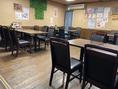 店内のお席様々で子供会、会社帰り、仲間内の食事など幅広いシーンでお使いいただけます