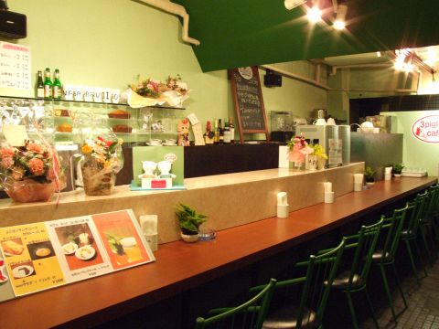 3piglets'caf? スリーピグレッツカフェ|店舗イメージ3