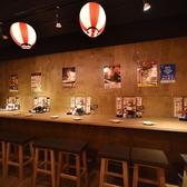 水炊き 焼鳥 とりいちず酒場 六本木店の雰囲気3