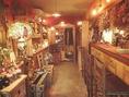 素朴な暖かみある店内は心安らぐ、落ち着いた空間となっております。