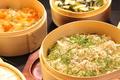 料理メニュー写真わっぱ飯(鮭といくら/シラス/季節)