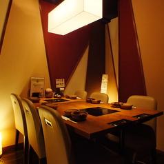 仕切りありのテーブル個室完備※写真は系列店です。