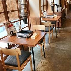 【2名利用のテーブル席】デートや、少人数でのご利用にピッタリなテーブル席もご用意♪