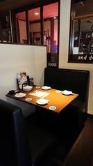 ゆったりくつろぎながらお食事を♪落ち着いた雰囲気のお店なので、デートにもぴったり。お気軽にご予約ください。