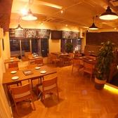 肉バル Bar&Grill motto モット 池袋東口店の雰囲気3