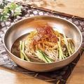 料理メニュー写真ネギチャーシュー冷麺 ★季節限定