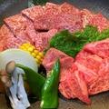 料理メニュー写真黒毛和牛ロース・DANハラミ(輸入牛)盛り合わせ