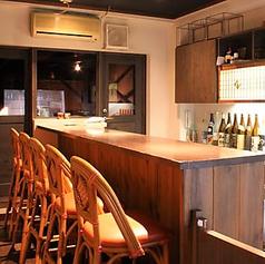 ≪サク飲みに|お一人様からカップル・ご夫婦でのご利用にも≫仕事帰りのサク飲みも大歓迎。福山駅徒歩10分の和食居酒屋でしっぽりと飲みませんか?店内は木を基調とした落ち着いた空間なので、疲れた仕事終わりにもゆったりとお過ごしいただけます。美味しいお酒と料理をじっくりとご堪能ください。