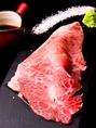 大人気!炙り肉寿司は、お客様の前でサッと炙ってご提供致します!お肉に拘るGYUUUの炙り肉寿司、ぜひご賞味ください♪