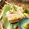 料理メニュー写真阿波尾鶏のもも肉の藁焼きたたき