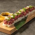 料理メニュー写真長盛り櫻ユッケ寿司