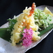 職人のわざが光る一品「大えびと野菜の天ぷら」