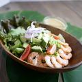 料理メニュー写真海老とアボカドのフランジパニサラダ 自家製ドレッシング