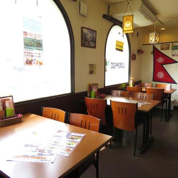 インディアンレストラン&バー クマリの雰囲気1