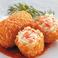 料理メニュー写真紅ズワイガニをたっぷり使った蟹クリームコロッケ
