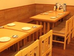 団体様でも安心してご利用頂けるよう、席を完備しております♪自慢の創作料理は腕利き料理長が自ら目利きした厳選食材のみを使用!!幹事様必見!