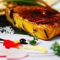 料理メニュー写真くりーむちーずの藁焼き~ハチミツとクラッカーで~