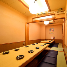 新潟の地酒と郷土料理 四季彩 新潟駅前店の雰囲気1