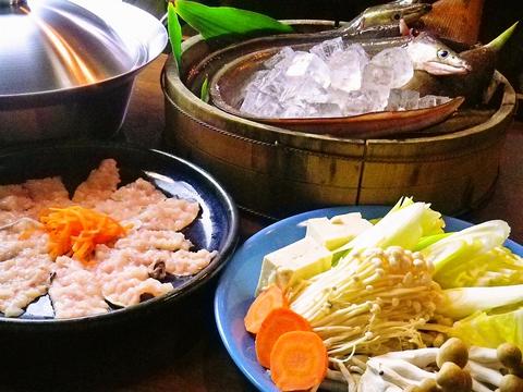 夏はハモ、冬はフク。季節のおいしいお魚を味わえる居酒屋。