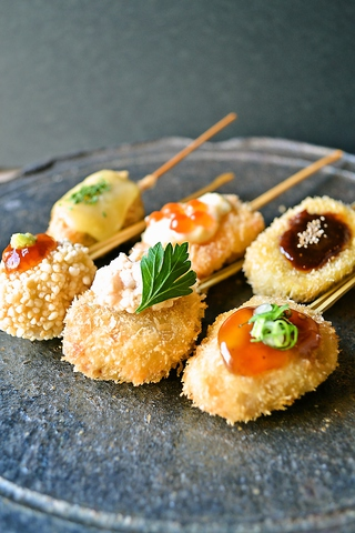 お出汁で食べる串かつと釜めしの専門店 ぎん庵 京橋|店舗イメージ1