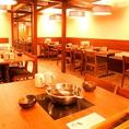 ≪木を基調とした暖かみのある店内でお食事を…♪≫広々とした落ち着いた店内は、記念日・誕生日のご利用にもおすすめ。しゃぶしゃぶorすき焼きの食べ放題や食べ飲み放題コースを豊富にご用意しております!京都駅付近でお店をお探しでしたら是非ご利用ください。