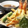 厳選した旬の素材とそれにあった油の温度で、一品一品心を込めて天ぷらを揚げています。ぜひご賞味下さい。
