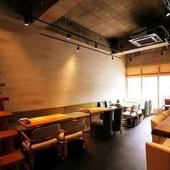 Tokyo Rice Wine 新百合ヶ丘店 トウキョウ ライス ワインの雰囲気1