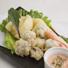 料理メニュー写真砂肝と玉葱のフリット