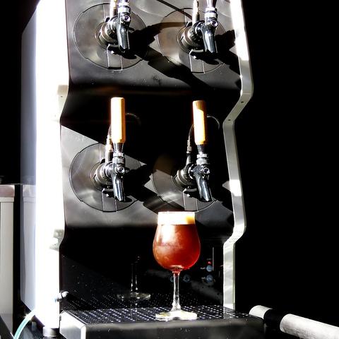 野毛にNEW OPEN!生クラフトビールの種類を豊富にご用意しております♪