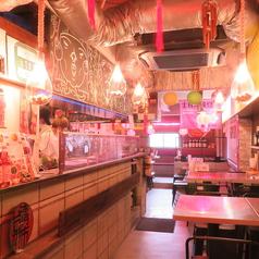 台湾まるごと食べ放題 台湾夜市 梅田店の雰囲気1