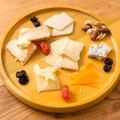 料理メニュー写真おまかせ本日のチーズ盛り