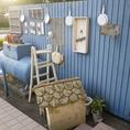かわいい青い屋根と、季節に合わせたディスプレイが楽しい入口が目印。おしゃれな雰囲気につい足を運んでしまう。