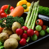 お肉だけでなく、野菜も厳選した仕入れを行っております