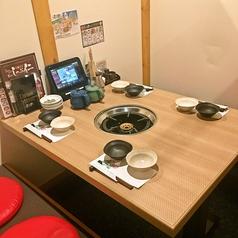ゆっくりと落ち着けるテーブル個室です。