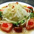 料理メニュー写真ノルウェー産 サーモンのカルパッチョ