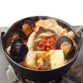料理メニュー写真海の恵み 海鮮チゲ 〆のうどん付