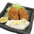 料理メニュー写真石巻産肉厚カキ黄金フライ 柚子タルタル添え